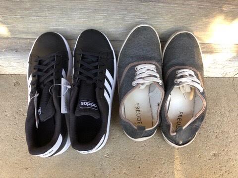 アディダスのスニーカーとしまむらのスニーカー比較